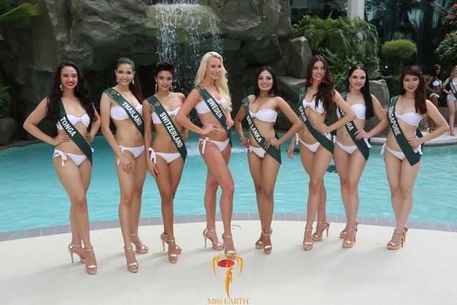 Mãn nhãn với phần trình diễn áo tắm của Hoa hậu Trái đất 2017 - 60