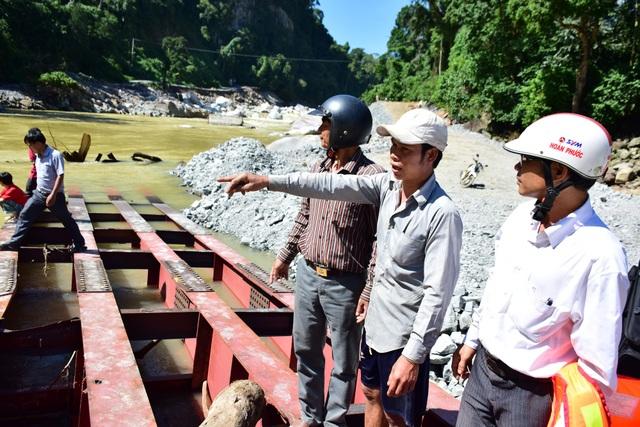 Lực lượng chức năng huyện Sơn Tây nỗ lực tìm kiếm em Đinh Thị Pép
