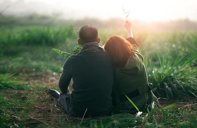 Anh là điều ngọt ngào nhất mà thượng đế ban tặng cho em. (Ảnh minh họa: Dương Minh Vương)