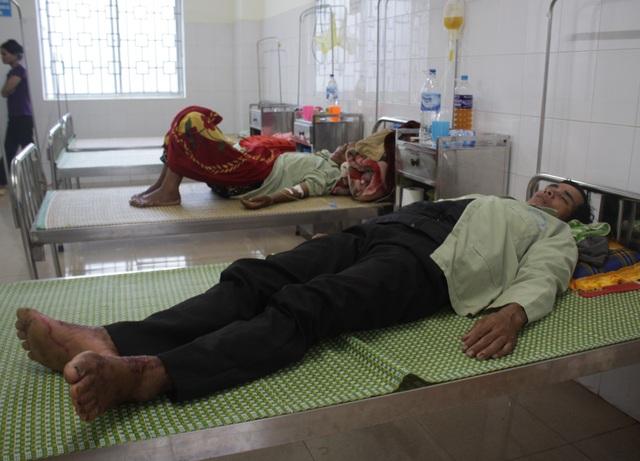 Nửa tháng qua tại Quảng Ngãi đã có 5 bệnh nhân mắc hội chứng viêm da dày sừng bàn tay, bàn chân