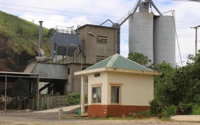 Nhà máy xi măng Tây Nguyên bị đình chỉ hoạt động và nộp phạt hơn 200 triệu đồng