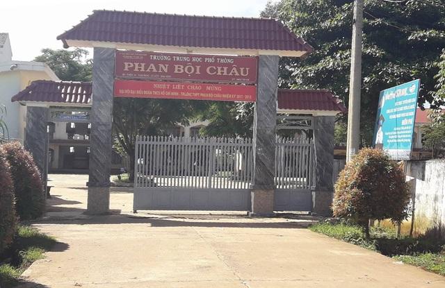 Trường THPT Phan Bội Châu sẽ cho hai em nộp hồ sơ muộn nhập học
