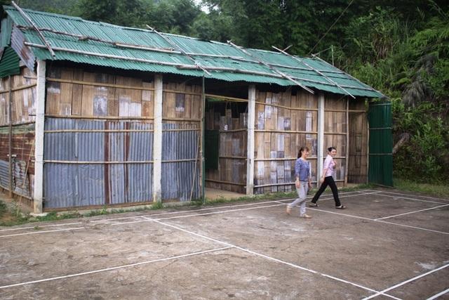 2 phòng tạm sẽ đồng hành cùng 40 học sinh tại điểm chính trường tiểu học Trà Khê trong năm học 2017 - 2018.