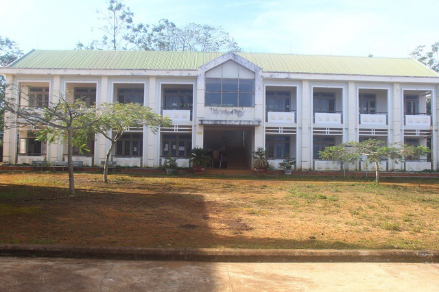 Để tránh lãng phí, một dãy nhà được chuyển cho Trung tâm giáo dục thường xuyên huyện Đắk Song
