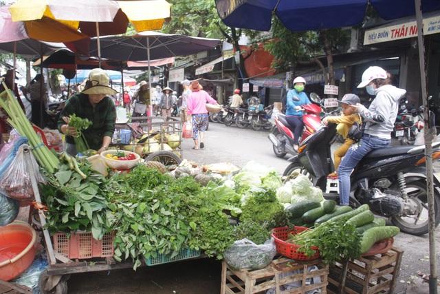 Giá rau tại Quảng Ngãi tăng từ 13.000 - 15.000 đồng/kg, riêng giá các loại rau thơm tăng từ 2 - 4 lần so với ngày thường