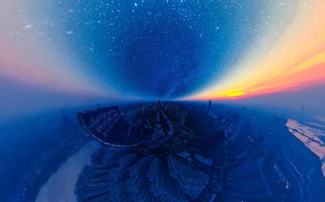 """Giải nhất tại hạng mục """"Hình 360 độ"""" với tác phẩm """"Đêm đầy sao"""" của tác giả Jingwen Chen."""