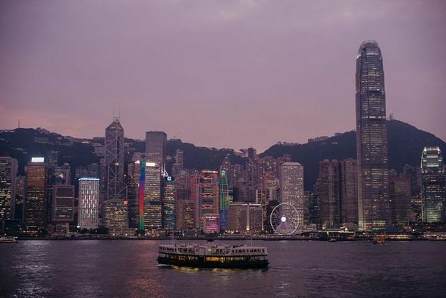 Quang cảnh Hong Kong lúc hoàng hôn (Ảnh: Anthony Kwan, Bloomberg)