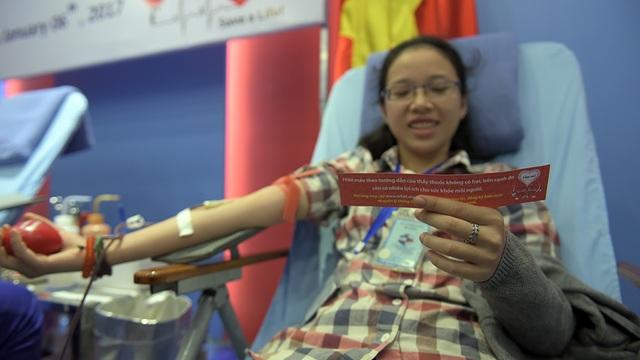 Đại sứ Ted Osius kể chuyện người Việt hiến máu cứu người Mỹ - 8