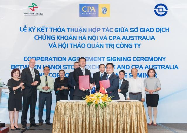 Sở Giao dịch Chứng khoáng Hà Nội (HNX) và CPA Australia ký Thỏa thuận hợp tác, chính thức thiết lập một khuôn khổ cho việc thực hiện những sáng kiến và hợp tác đa dạng giữa hai bên.