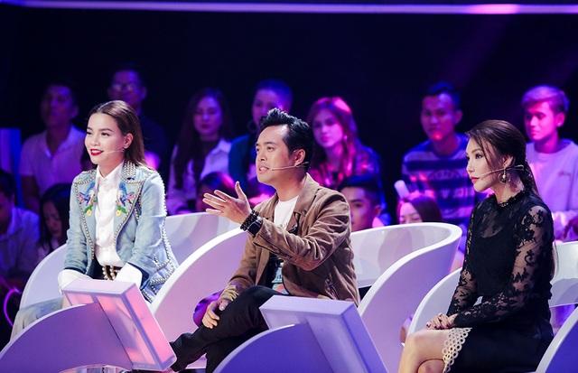 Dương Khắc Linh đã quá quen thuộc trên ghế giám khảo các chương trình âm nhạc, anh đưa ra nhiều nhận xét chuyên môn giúp thí sinh chỉn chu hơn trong các phần trình diễn.