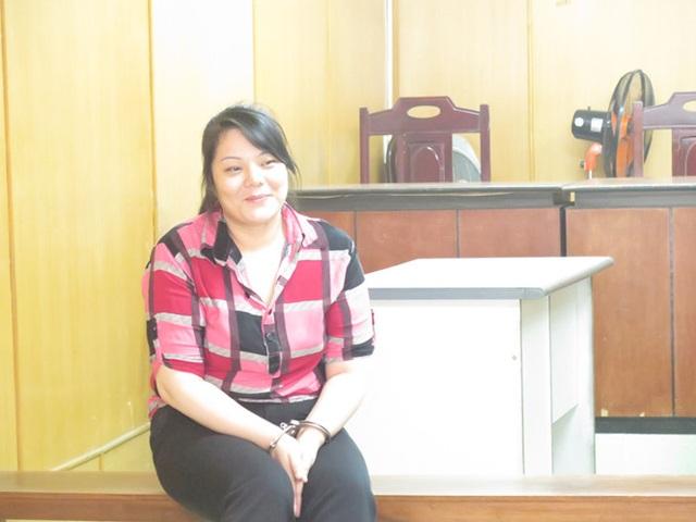 Bị cáo Hoa tại phiên tòa trước.