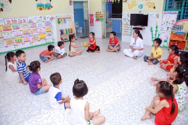 Học sinh trường MN Hòa An trong giờ học