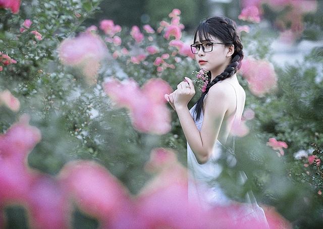 Cô sinh ra tại Tuyên Quang, mảnh đất nổi tiếng là có nhiều người đẹp.
