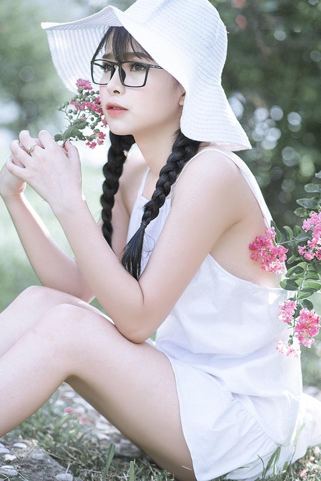 Thiếu nữ Tuyên Quang cuốn hút bên giàn hoa tường vi - 9