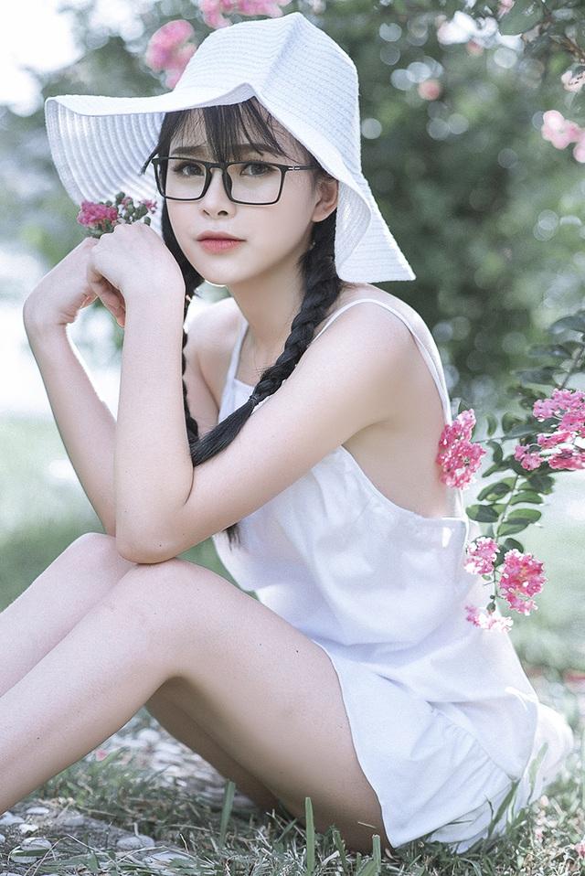 Thiếu nữ Tuyên Quang cuốn hút bên giàn hoa tường vi - 10