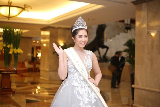 Hoa hậu Đại dương 2014 Đặng Thu Thảo, người đẹp đang giữ vương miện hoa hậu
