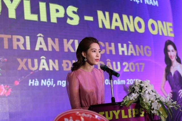 Phát biểu tại sự kiện, hoa hậu Đặng Thu Thảo chia sẻ, cô rất tự hào vì là cá nhân đại diện, là Đại sứ thương hiệu của công ty Cổ phần Sản xuất TLG Việt Nam với hai nhãn hiệu chính là Tuylips và Nano One.