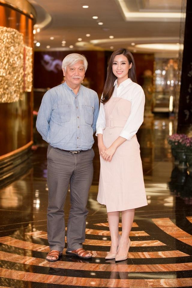 Nhà sử học Dương Trung và Hoa hậu Đỗ Mỹ Linh.