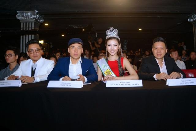 Các thành viên Ban giám khảo.