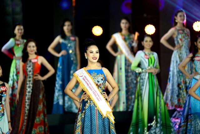 Bất ngờ nữ sinh miền Tây trở thành Hoa khôi Sinh viên Việt Nam 2017 - 7