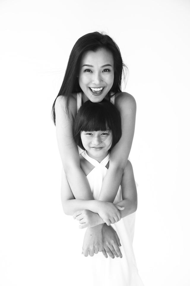 """MC Hoàng Oanh: """"Không để trẻ em phải lớn lên một mình"""" - 6"""
