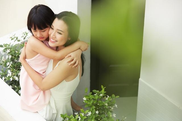 """MC Hoàng Oanh: """"Không để trẻ em phải lớn lên một mình"""" - 4"""