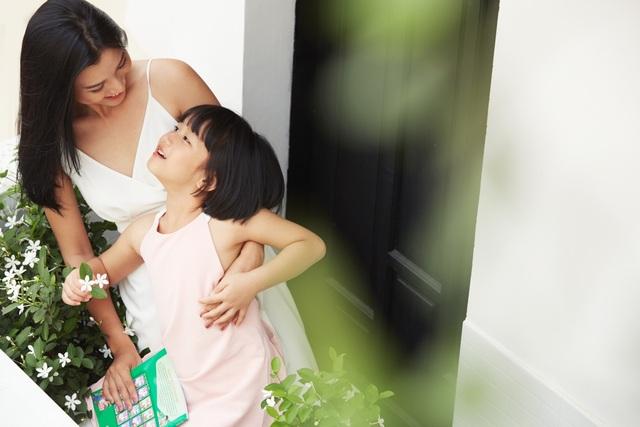 """MC Hoàng Oanh: """"Không để trẻ em phải lớn lên một mình"""" - 3"""