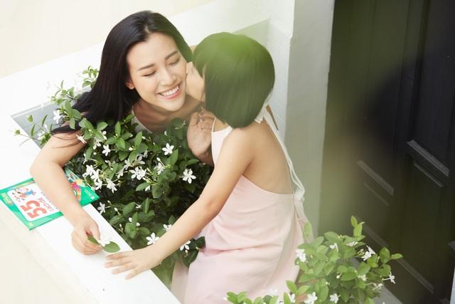 """MC Hoàng Oanh: """"Không để trẻ em phải lớn lên một mình"""" - 2"""