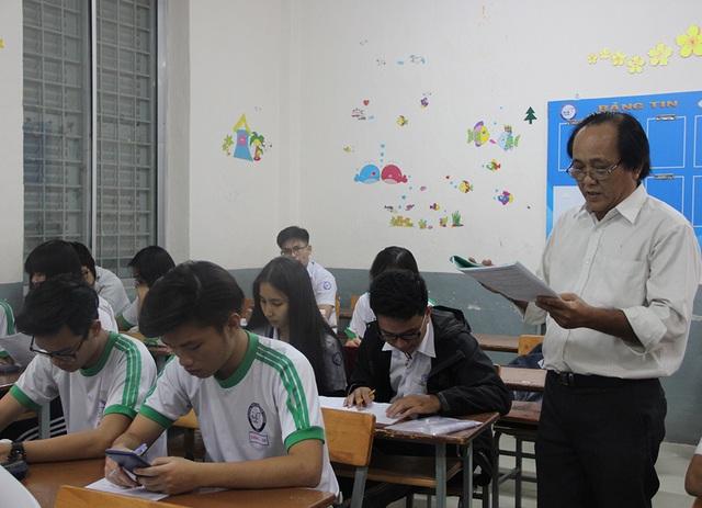 Học sinh Trường THPT Marie Curie (TPHCM) trong những ngày cuối ôn tập trước khi thi.