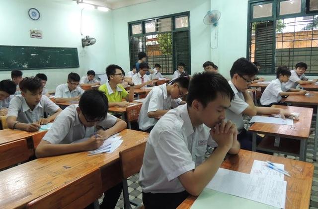 TPHCM sẽ có khoảng 20.000 học sinh không thể vào học tại các trường THPT công lập.