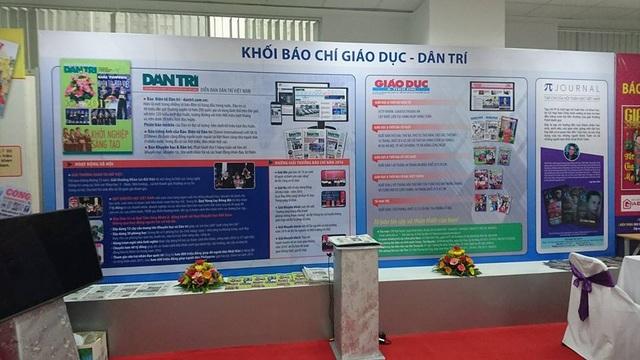 Gian trưng bày của Báo Dân trí tại Hội báo toàn quốc 2017.