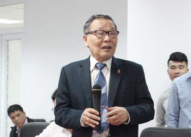 Nhà báo Nguyễn Lương Phán - Phó Tổng biên tập báo Dân trí - phát biểu tại cuộc giao lưu.