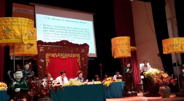 Toàn cảnh hội thảo về đền ông Hoàng Mười - Nghệ An vừa diễn ra ở Hà Nội. Ảnh: HH.