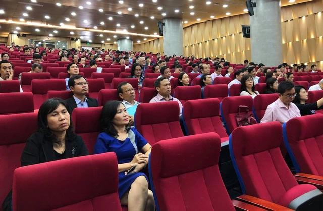 Các đại biểu đến từ các trường ĐH, CĐ có đào tạo giáo viên