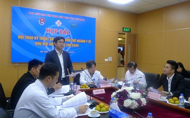 Anh Nguyễn Văn Thắng, Bí thư Thành đoàn Hà Nội phát biểu tại họp báo giới thiệu về Hội thao