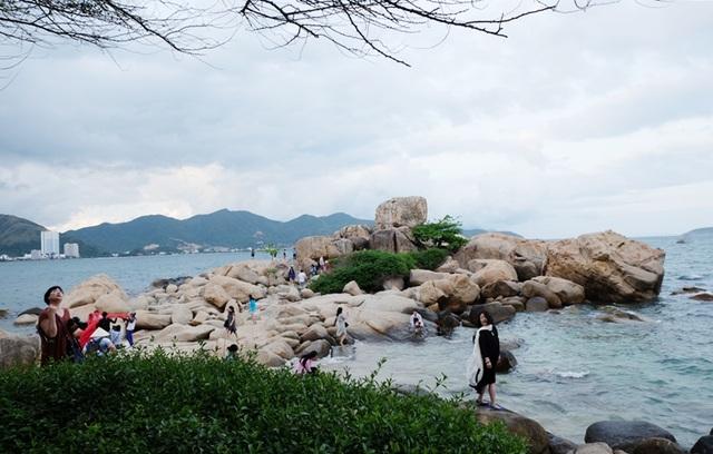 Check in Hòn Chồng chắc chắn có nhiều ảnh đẹp ở Nha Trang