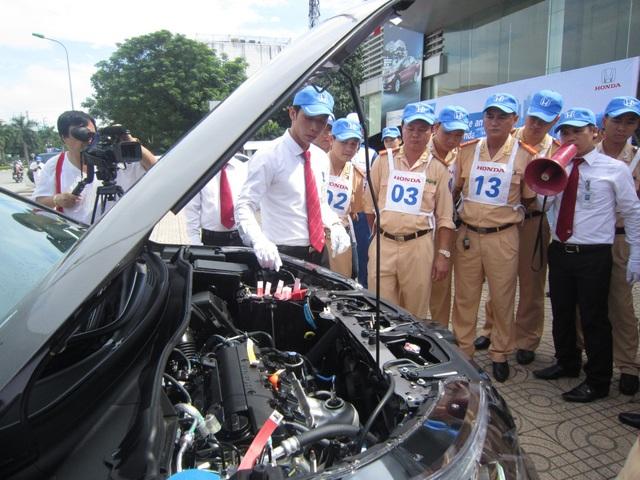 Honda Ô tô Vinh đào tạo kiến thức LXAT ô tô