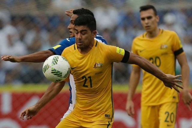 Australia chiếm ưu thế trước trận lượt về