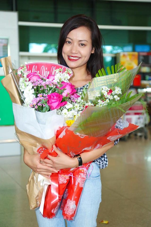 """Tại """"Liên hoan phim quốc tế ASEAN - AIFFA 2017"""" vừa qua, dự án phim truyện nhựa điện ảnh """"Đảo của dân ngụ cư"""" của đạo diễn Hồng Ánh đã đoạt giải thưởng cao nhất: Phim hay nhất cùng 2 giải quan trọng khác: Nam diễn viên chính Xuất sắc nhất (Phạm Hồng Phước) và Đạo diễn hình ảnh (DOP) Xuất sắc nhất (NSND Lý Thái Dũng)."""