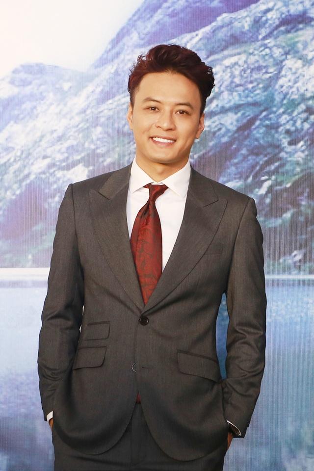 Nam diễn viên Người phán xử lịch lãm trong sự kiện ra mắt Cốm dinh dưỡng chùm ngây ở Quốc Oai, Hà Nội.