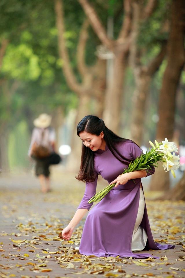Hiện tại, ở trường Amsterdam, cô được học sinh yêu mến vì sự trẻ trung, thân thiện.