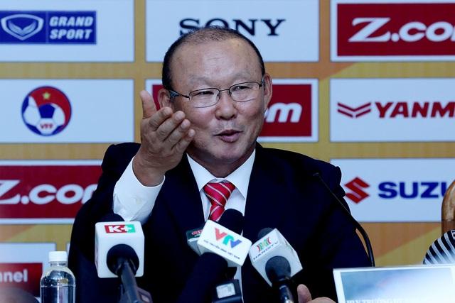 Chiến lược gia người Hàn Quốc có nhiều dự định với bóng đá Việt Nam - Ảnh: Gia Hưng