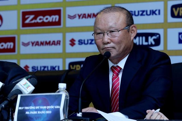 HLV Park Hang Seo khẳng định mình luôn tỉnh táo khi xử lý công việc - Ảnh: Gia Hưng