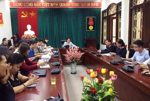 Chiều nay (19/11), Công an tỉnh Sơn La và Ban Tuyên giáo Tỉnh ủy đã tổ chức họp báo cung cấp thông tin liên quan đến vụ bắt giữ 17 cán bộ tại tỉnh này có liên quan đến bồi thường đất tại khu vực Nhà máy thủy điện Sơn La.