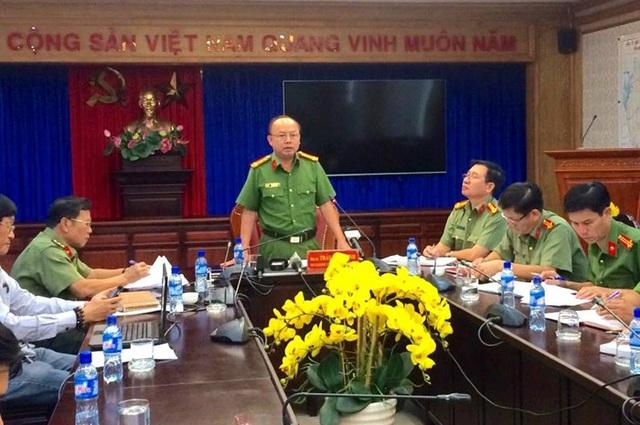 Đại tá Trần Văn Chính, Phó Giám đốc, Thủ trưởng cơ quan CSĐT Công an tỉnh Bình Dương chủ trì, thông tin quá trình điều tra, làm rõ vụ án.
