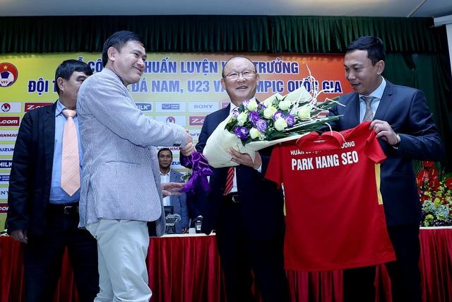 HLV Park Hang Seo tuyên bố đưa đội tuyển Việt Nam vào top 100 thế giới - Ảnh: Gia Hưng