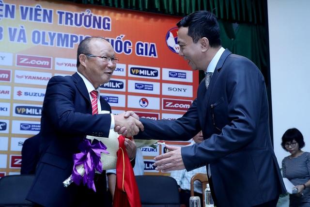 Mục tiêu vào top 100 thế giới mà HLV Park Hang Seo nhắm đến cùng đội tuyển Việt Nam kỳ thực là mục tiêu khá mơ hồ - Ảnh: Gia Hưng