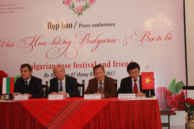 Đại sứ quán Bulgaria tại Việt Nam tổ chức họp báo công bố sự kiện lễ hội hoa hồng sắp tới