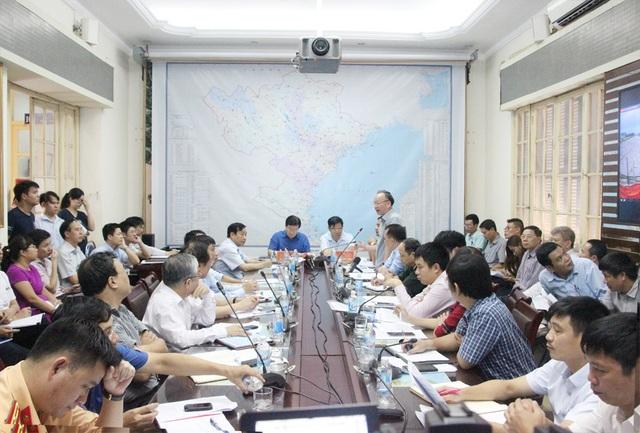Quang cảnh cuộc họp khẩn về vận hành liên hồ chứa trên lưu vực sông Hồng.