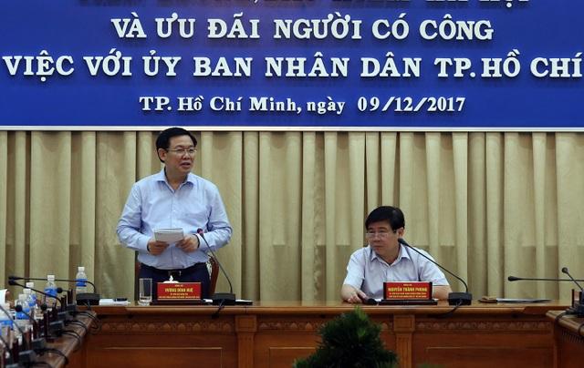 Phó Thủ tướng nhấn mạnh, tinh giản biên chế và đổi mới cơ chế hoạt độn của các đơn vị sự nghiệp công lập là chìa khoá để thực hiện thành công cải cách chính sách tiền lương.